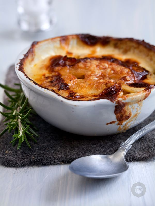 Potato gratin with dried porcini