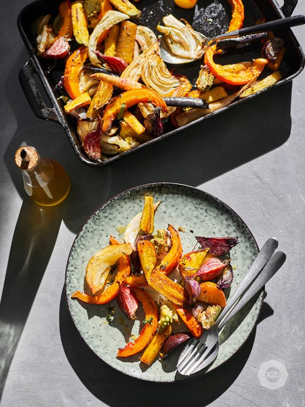 Roast vegetables with garlic, thyme and rosemary